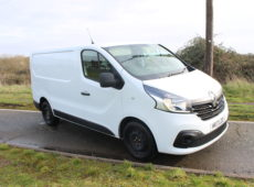 2017 (2017) RENAULT TRAFIC SL27 BUSINESS PLUS DCI EURO 6