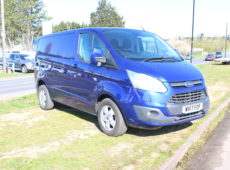 2017 (17 PLATE) FORD TRANSIT CUSTOM 290 LIMITED AIR CON