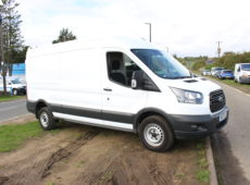2017 (17 PLATE) FORD TRANSIT 350 PANEL VAN LWB MEDIUM ROOF