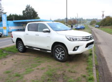 2016 (16 PLATE) TOYOTA HILUX INVINCIBLE D-4D LIGHT 4X4 UTILITY
