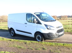 2017 (17 PLATE) FORD TRANSIT CUSTOM 290