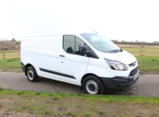 2017 (17 PLATE) FORD TRANSIT CUSTOM 290 ECO -TECH