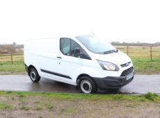2017 (67 PLATE) FORD TRANSIT CUSTOM 270