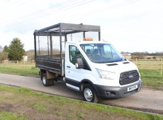 2015 (15 PLATE) FORD TRANSIT 350 CAGED TIPPER