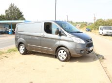 2017 (17 PLATE) FORD TRANSIT FORD CUSTOM LIMITED 270 AUTO