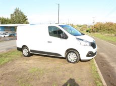 2017 (17 PLATE) RENAULT TRAFIC SL27 BUSINESS + ENERGY DCI