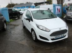 !!!! NO ADMIN FEES !!!! 2015 (65 PLATE) NEW SHAPE FORD FIESTA EURO 6