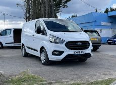 2018 (68 PLATE) FORD TRANSIT CUSTOM 300 TREND EURO 6 AIR CON 1 OWNER CRUISE CONTROL PARKING SENSORS