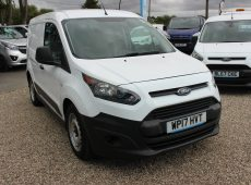 2017 (17 PLATE) FORD TRANSIT CONNECT 220